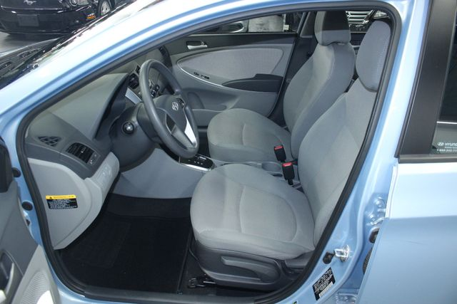 2014 Hyundai Accent  GS Hatchback Kensington, Maryland 17