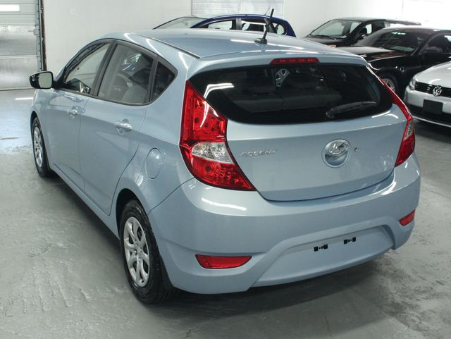2014 Hyundai Accent  GS Hatchback Kensington, Maryland 2