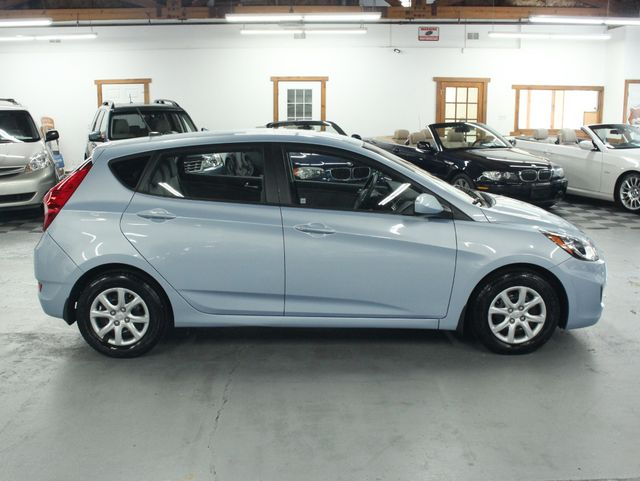 2014 Hyundai Accent  GS Hatchback Kensington, Maryland 5