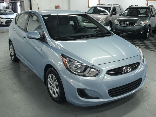 2014 Hyundai Accent  GS Hatchback Kensington, Maryland 6