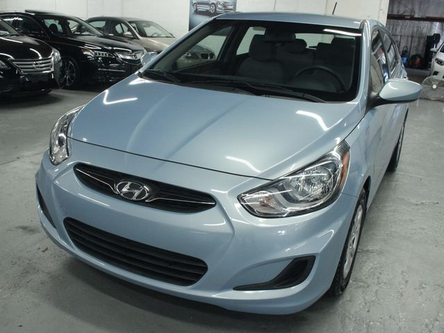 2014 Hyundai Accent  GS Hatchback Kensington, Maryland 8