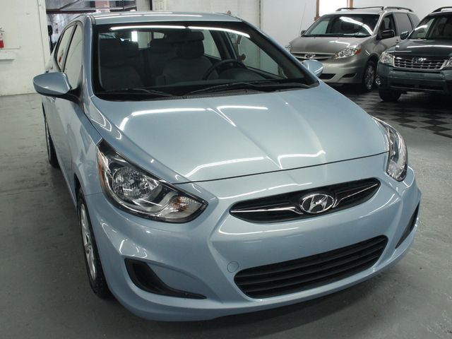 2014 Hyundai Accent  GS Hatchback Kensington, Maryland 9