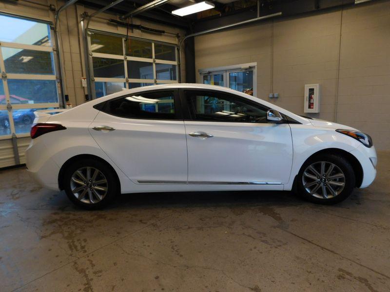 2014 Hyundai Elantra SE  city TN  Doug Justus Auto Center Inc  in Airport Motor Mile ( Metro Knoxville ), TN