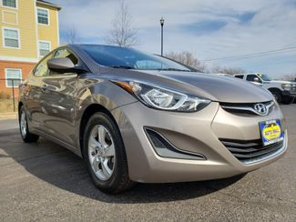 2014 Hyundai Elantra SE | Champaign, Illinois | The Auto Mall of Champaign in Champaign Illinois