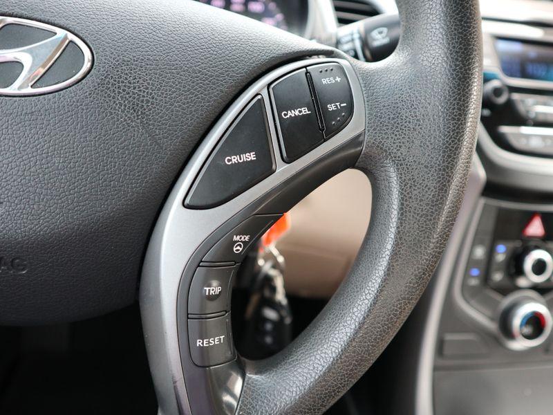 2014 Hyundai Elantra SE  in Maryville, TN