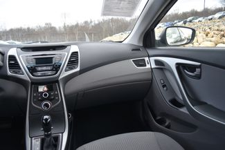 2014 Hyundai Elantra SE Naugatuck, Connecticut 17