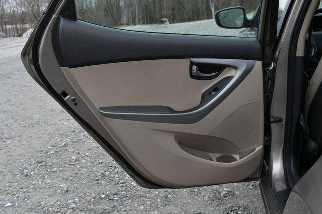 2014 Hyundai Elantra SE Naugatuck, Connecticut 12