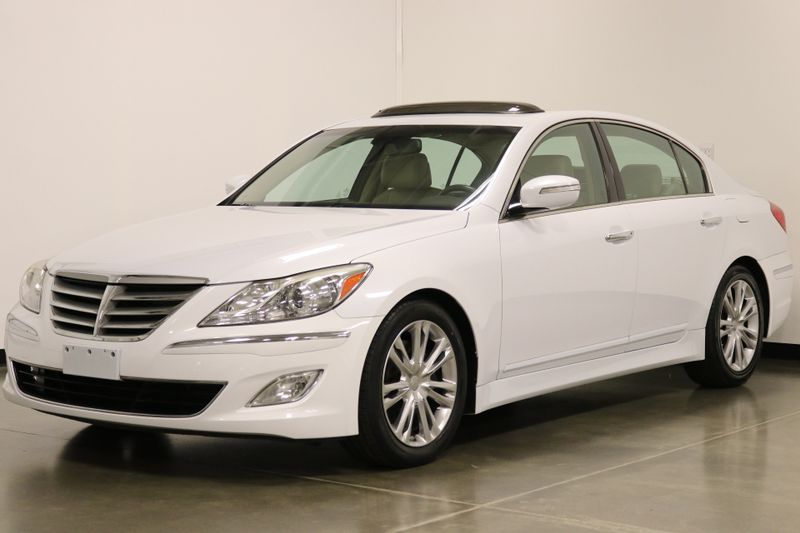 2014 Hyundai Genesis 38L  city NC  The Group NC  in Mansfield, NC