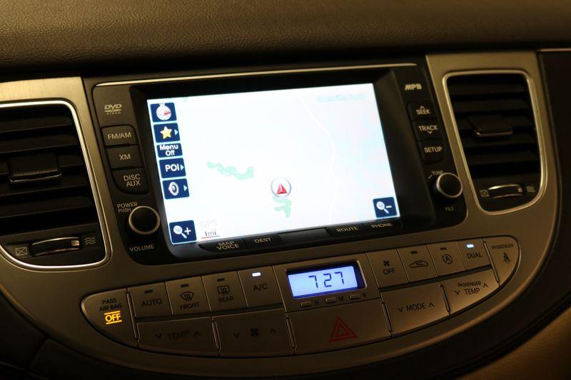 2014 Hyundai Genesis 38L  city NC  The Group NC  in Mansfield, NC