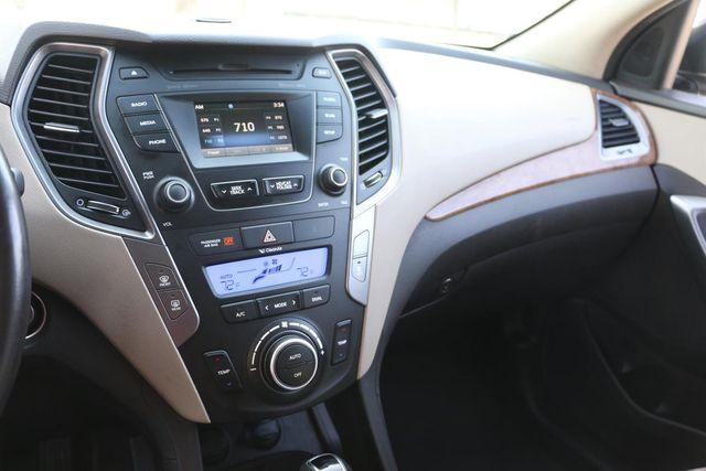 2014 Hyundai Santa Fe Limited Santa Clarita, CA 17