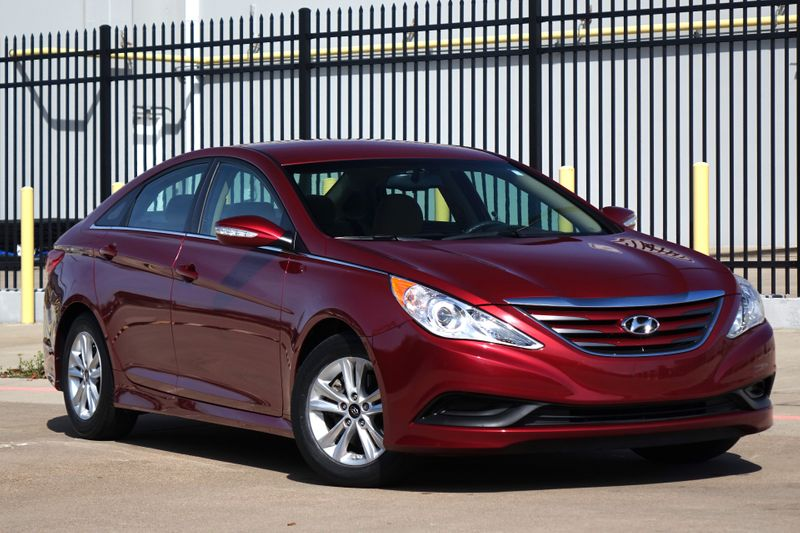 2014 Hyundai Sonata GLS* BU Cam* Only 40k Mi* EZ Finance**   Plano, TX   Carrick's Autos in Plano TX