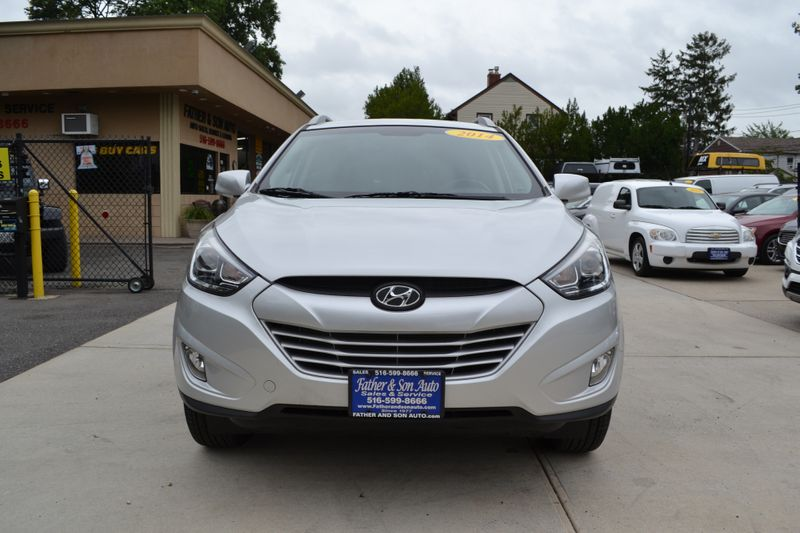2014 Hyundai Tucson SE  city New  Father  Son Auto Corp   in Lynbrook, New