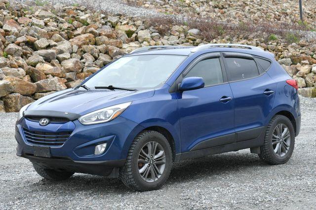 2014 Hyundai Tucson SE 4WD Naugatuck, Connecticut 2