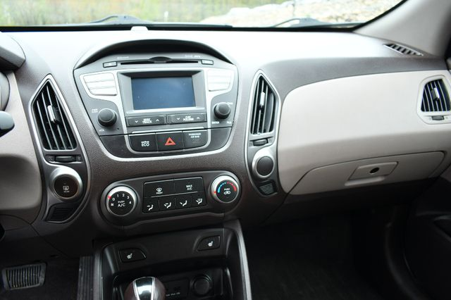 2014 Hyundai Tucson SE 4WD Naugatuck, Connecticut 21