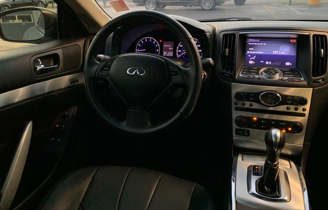2014 Infiniti Q60 Coupe Journey in Memphis, Tennessee 38115