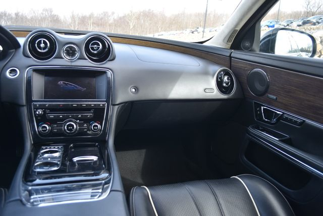 2014 Jaguar XJ Supercharged Naugatuck, Connecticut 17