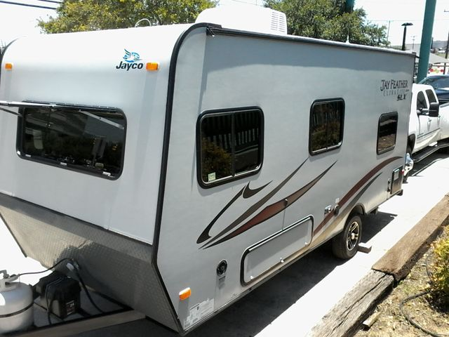 2014 Jayco JAY FEATHER ULTRA LITE SLX 18 FDB San Antonio, Texas 3