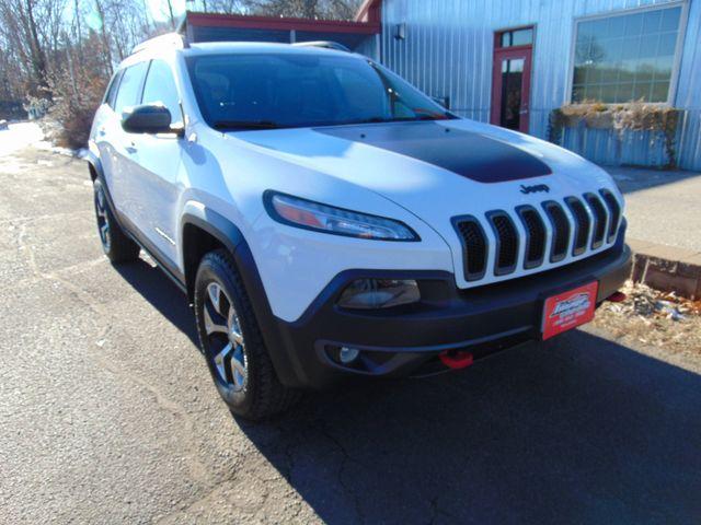 2014 Jeep Cherokee Trailhawk Alexandria, Minnesota 1