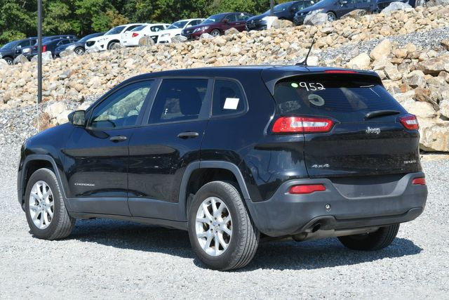 2014 Jeep Cherokee Sport Naugatuck, Connecticut 2