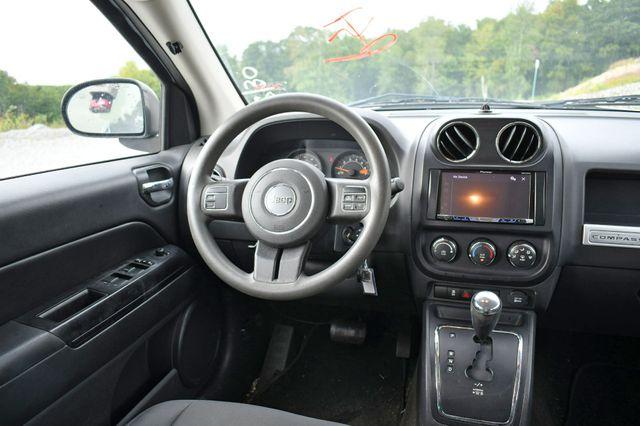 2014 Jeep Compass Sport 4WD Naugatuck, Connecticut 13