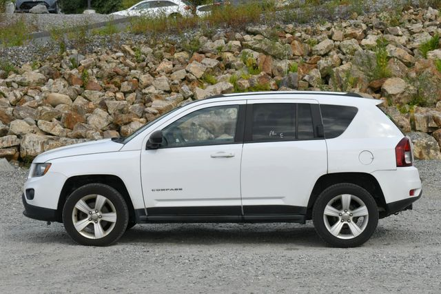 2014 Jeep Compass Sport 4WD Naugatuck, Connecticut 3