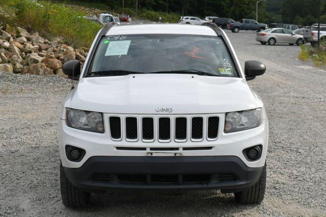 2014 Jeep Compass Sport 4WD Naugatuck, Connecticut 9