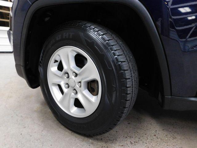 2014 Jeep Grand Cherokee Laredo in Airport Motor Mile ( Metro Knoxville ), TN 37777
