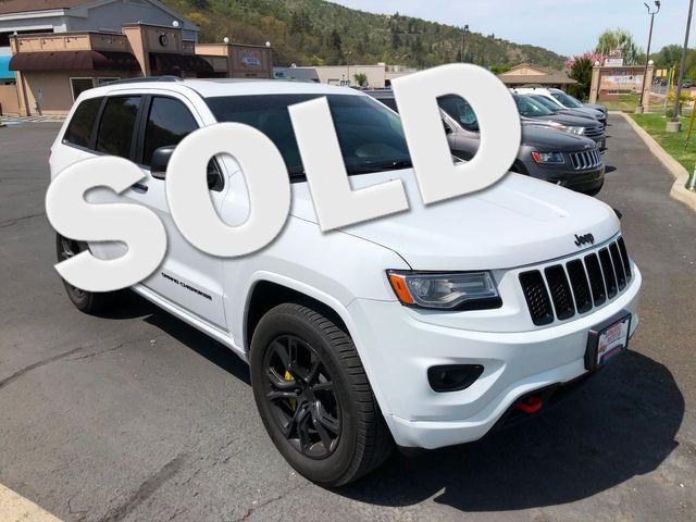 2014 Jeep Grand Cherokee Overland 4WD | Ashland, OR | Ashland Motor Company in Ashland OR