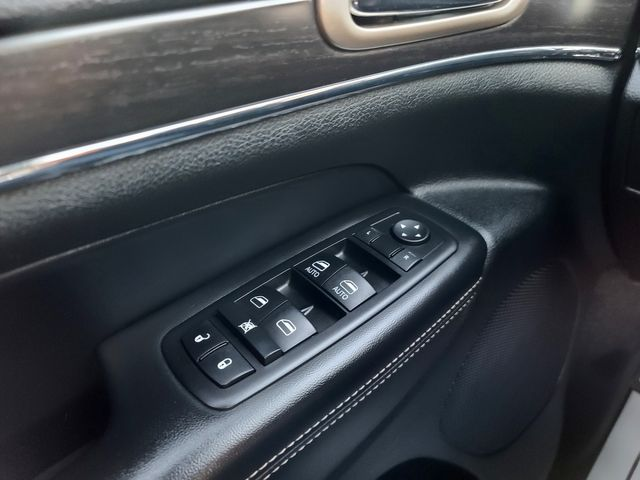 2014 Jeep Grand Cherokee Limited 4WD 3.6L V6 LUXURY GROUP Remote Start in Louisville, TN 37777