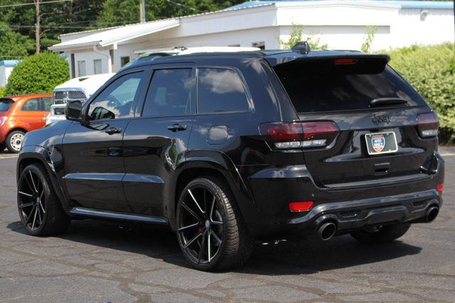 "2014 Jeep Grand Cherokee SRT8 4x4 - LOWERED -  22"" WHEELS! Mooresville , NC 26"