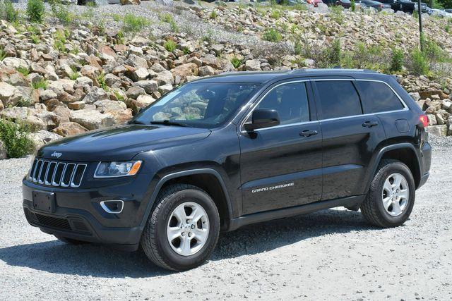 2014 Jeep Grand Cherokee Laredo 4WD Naugatuck, Connecticut 2