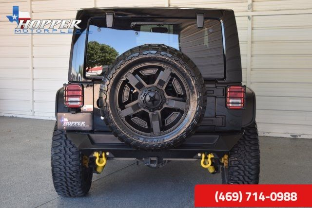 2014 Jeep Wrangler Unlimited Rubicon LIFTED in McKinney, Texas 75070