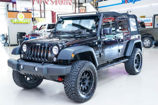 2014 Jeep Wrangler Unlimited Sport 4x4 in Addison, Texas 75001