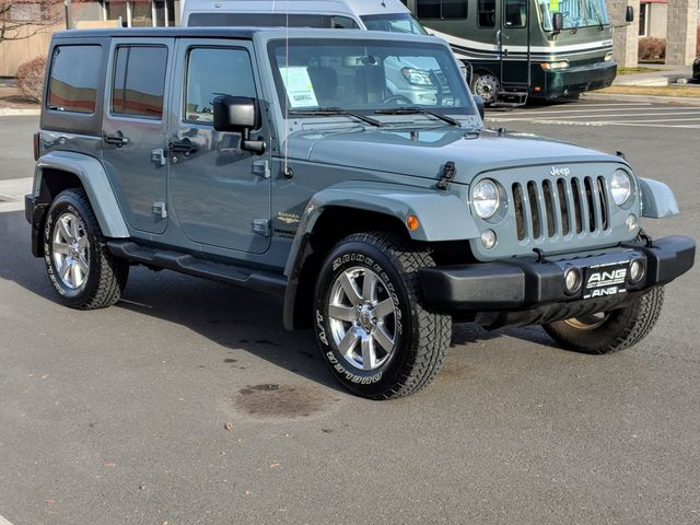2014 Jeep Wrangler Unlimited Sahara Super Low Miles Bend, Oregon 2
