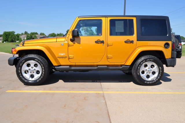 2014 Jeep Wrangler Unlimited Sahara Bettendorf, Iowa 19
