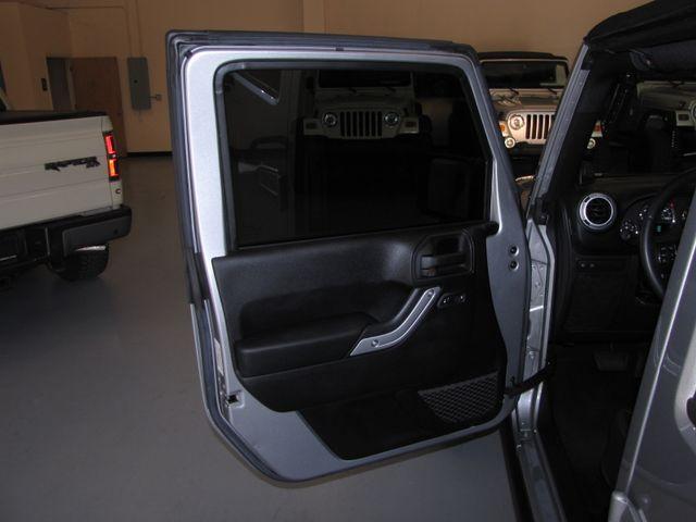 2014 Jeep Wrangler Unlimited Rubicon Jacksonville , FL 46