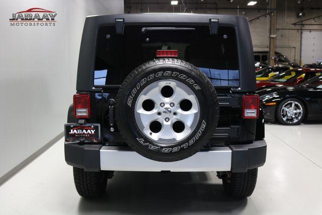 2014 Jeep Wrangler Unlimited Sahara Merrillville, Indiana 3