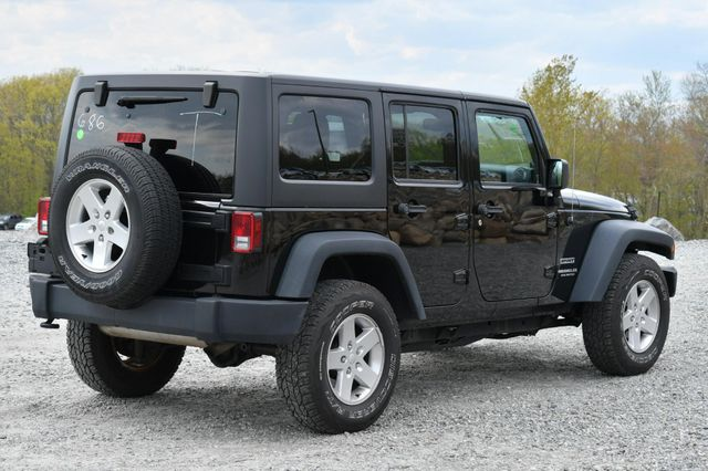 2014 Jeep Wrangler Unlimited Sport Naugatuck, Connecticut 4