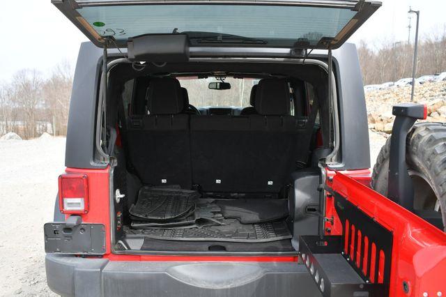 2014 Jeep Wrangler Unlimited Rubicon Naugatuck, Connecticut 12