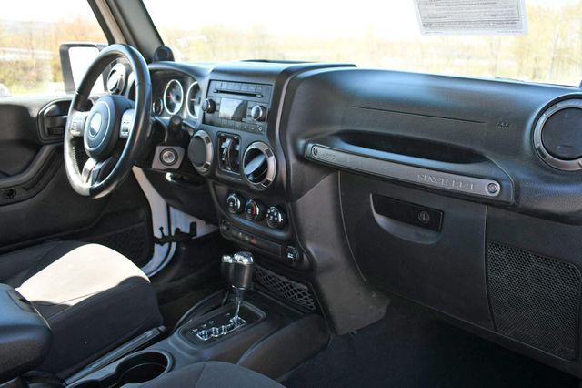 2014 Jeep Wrangler Unlimited Sport S 4X4 Naugatuck, Connecticut 11