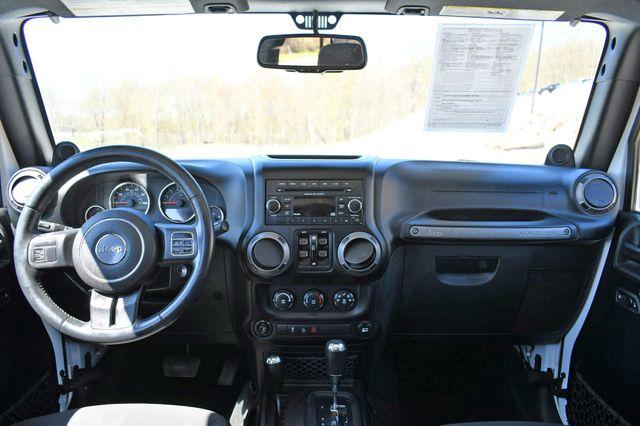 2014 Jeep Wrangler Unlimited Sport S 4X4 Naugatuck, Connecticut 16