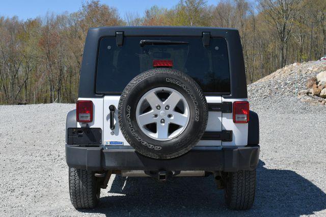 2014 Jeep Wrangler Unlimited Sport S 4X4 Naugatuck, Connecticut 5