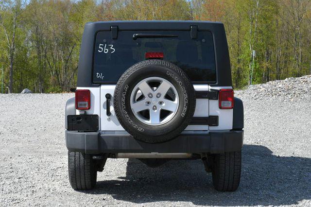 2014 Jeep Wrangler Unlimited Sport 4WD Naugatuck, Connecticut 5