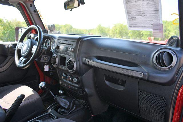 2014 Jeep Wrangler Unlimited Sport Naugatuck, Connecticut 10