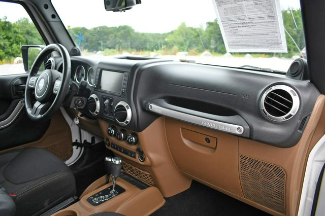 2014 Jeep Wrangler Unlimited Sahara Naugatuck, Connecticut 10