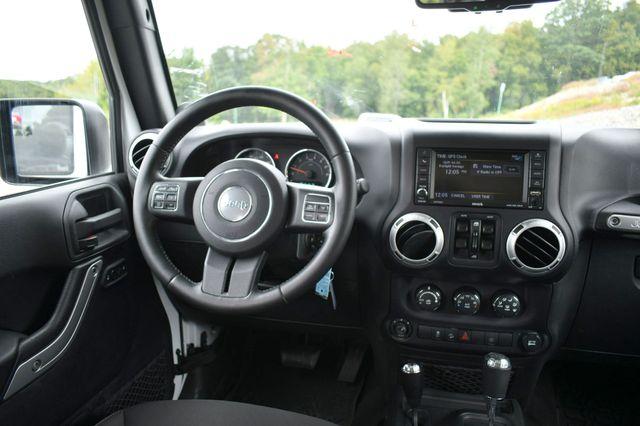 2014 Jeep Wrangler Unlimited  Sahara 4WD Naugatuck, Connecticut 15