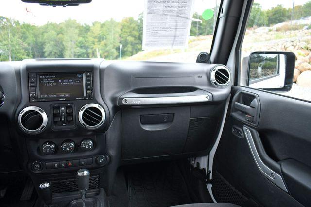 2014 Jeep Wrangler Unlimited  Sahara 4WD Naugatuck, Connecticut 17