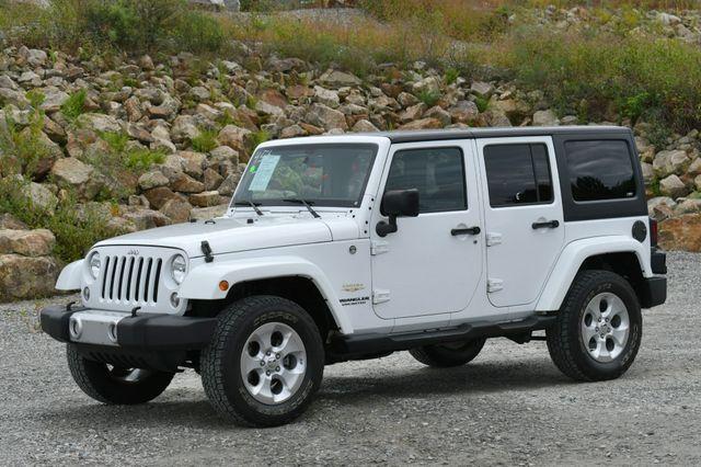 2014 Jeep Wrangler Unlimited  Sahara 4WD Naugatuck, Connecticut 2