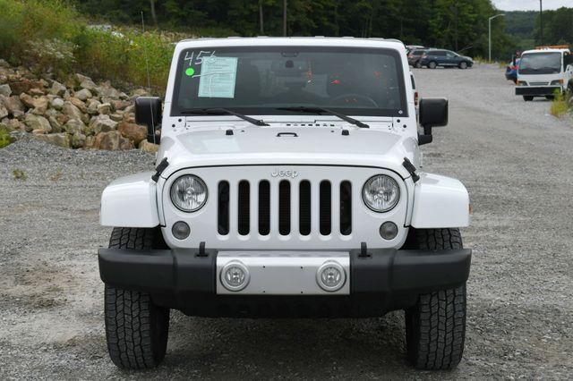 2014 Jeep Wrangler Unlimited  Sahara 4WD Naugatuck, Connecticut 9