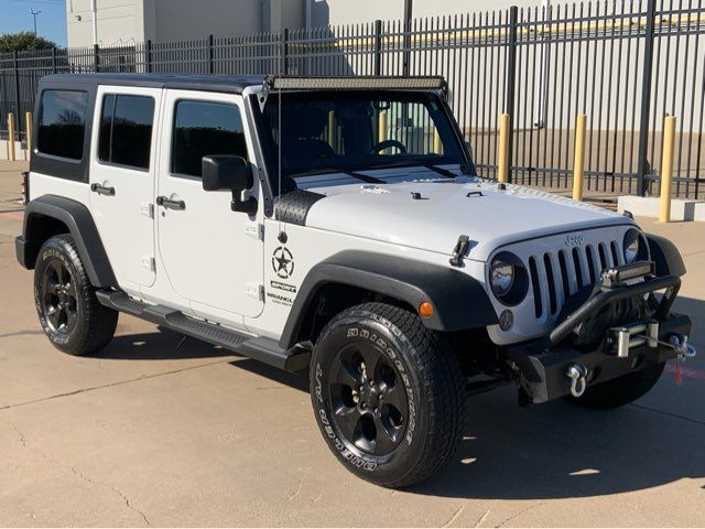 2014 Jeep Wrangler Unlimited 6-Speed * LOTS O EXTRAS * Hard Top * LEDs * Alpine